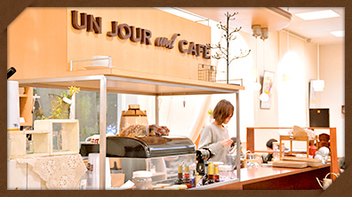 unJour and Cafe